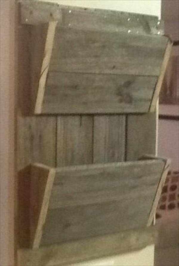 Mail organizer | Barn Wood | Pinterest | Pallets, Pallet ...