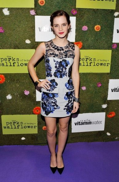 I love everything about this dress! Emma Watson = Style Icon!