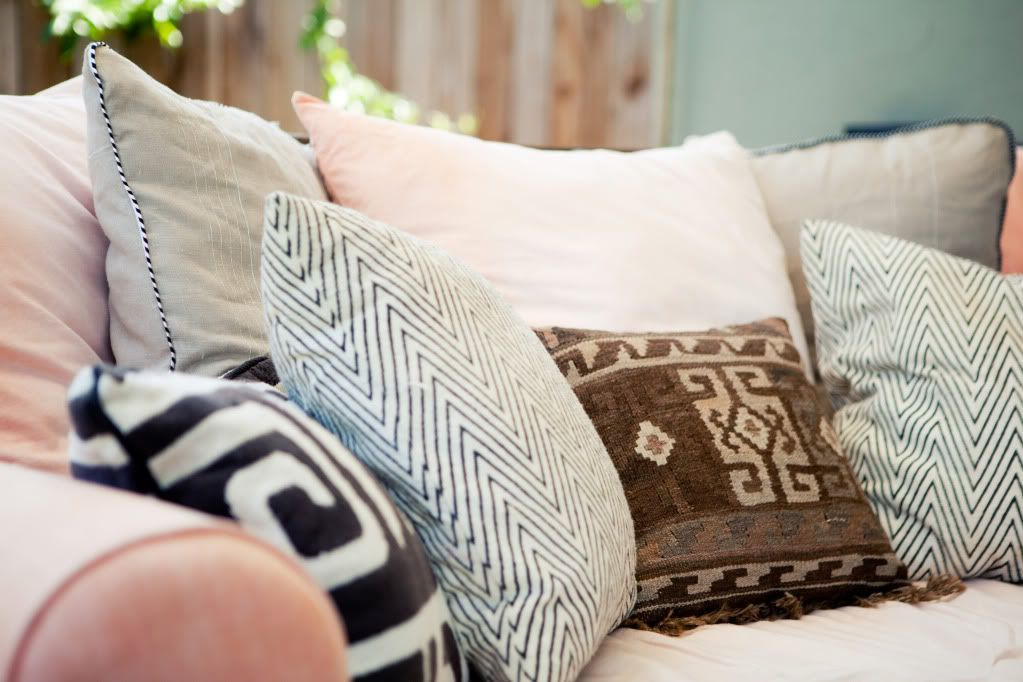 DIY large pillowcases and West Elm daybed pillow inserts. The lovely Chevron pillows are from West Elm. The other two black tribal pillows are from Ikea. & cozy-fall-home | Crafts | Pinterest | Pipes Pillows and Tutorials pillowsntoast.com