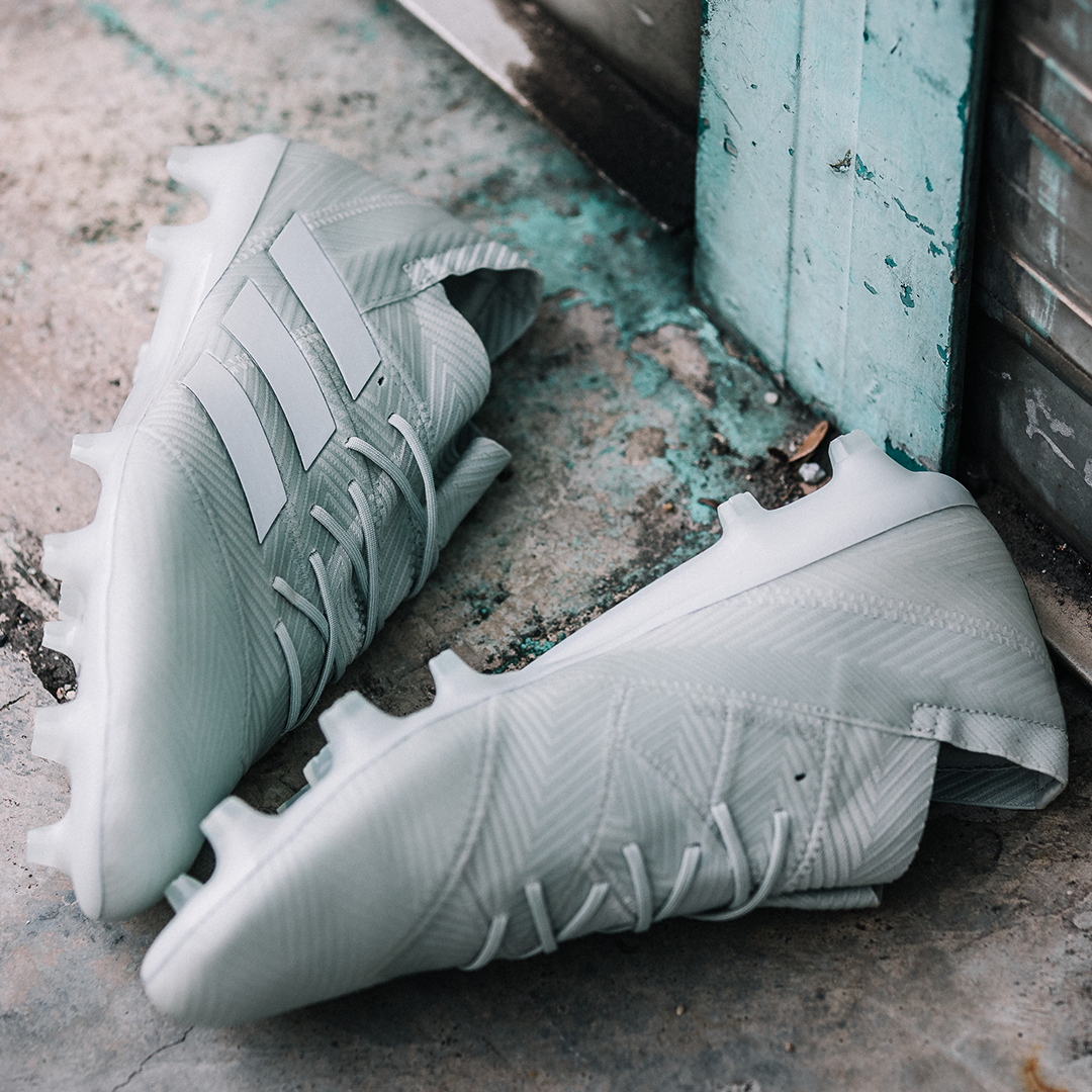 reputable site 6a94e 568eb TAKE RISKS   DICTATE THE GAME   Spectral Mode 🛍 Discover more and buy now  at nzsoccershop.co.nz Engineered for explosive movements in tight spaces  the ...