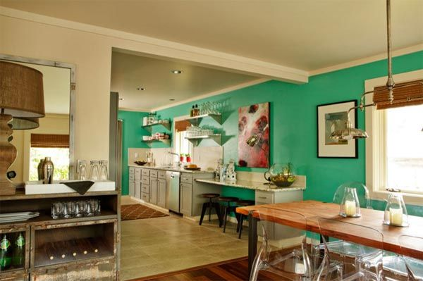 Bright and Colorful: How to Play with Kitchen Accent Walls