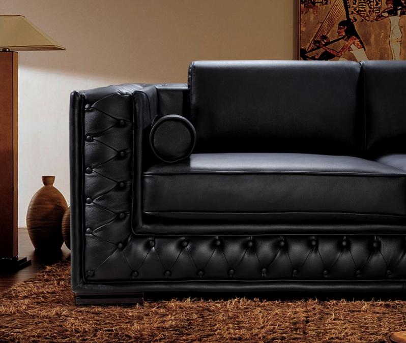 The Dublin Tufted Leather Sofa Set