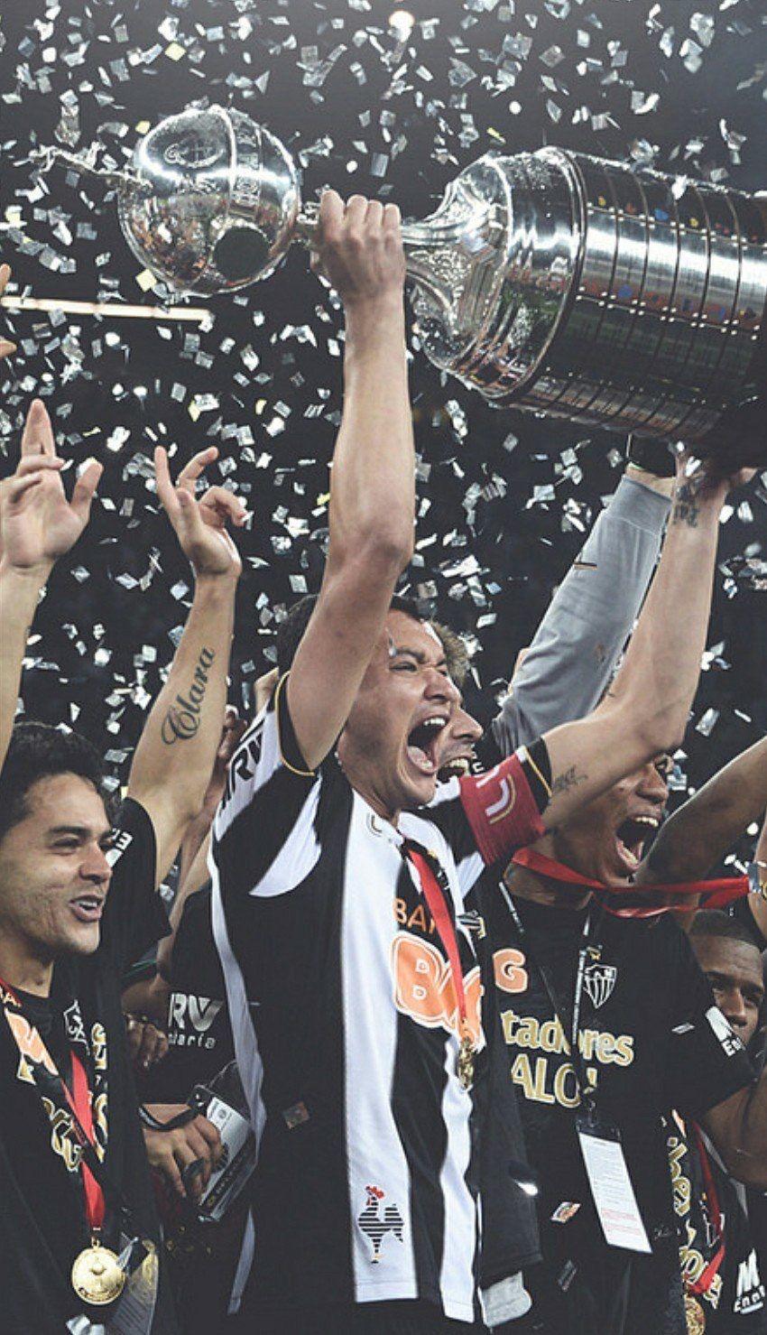 Rever Com A Taca Libertadores Da America Fotos Do Atletico Mineiro Galoucura Fotografia De Futebol