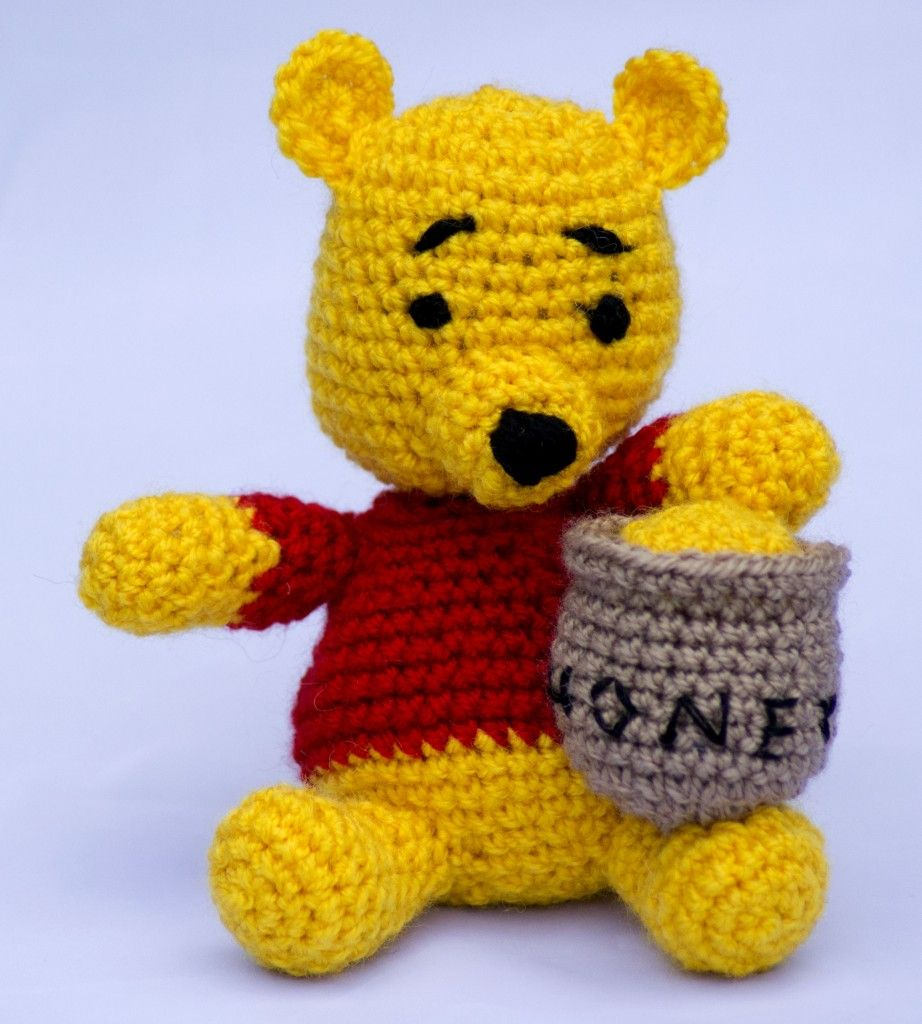 Winnie The Pooh Knitting Patterns Free : WINNIE THE POOH (free pattern): a perfect little present for a soon-to-be thr...