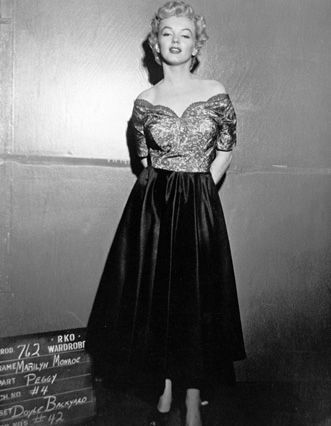 """Marilyn Monroe costume test for """"Clash by Night"""" (1952, Fritz Lang)."""