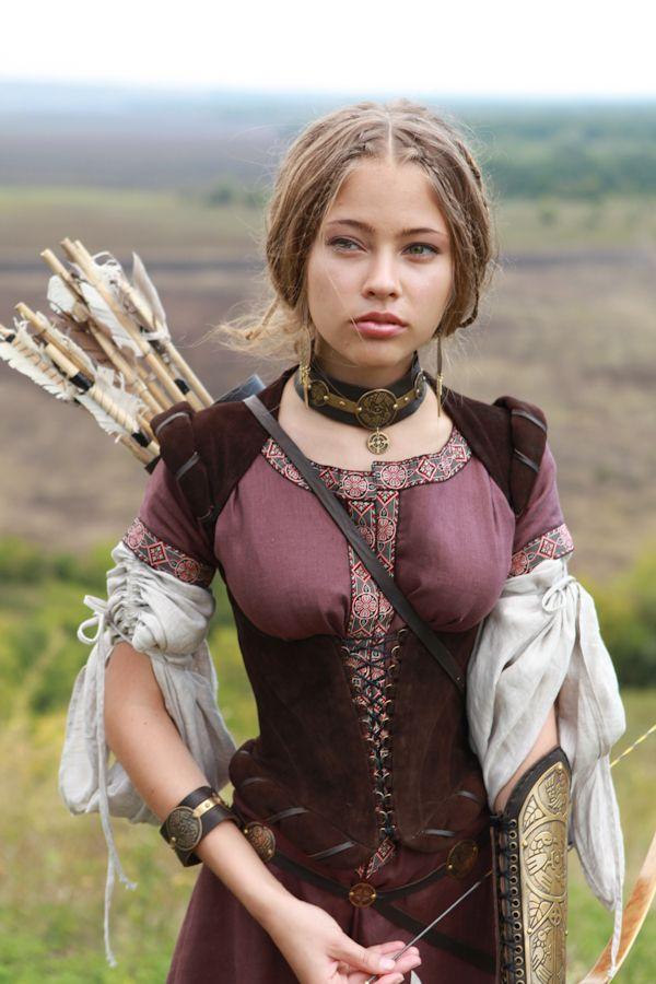 SALE Medieval Brown Natural Suede Boned Bodice Corset by armstreet. Medieval  Renaissance Custom Linen Dress