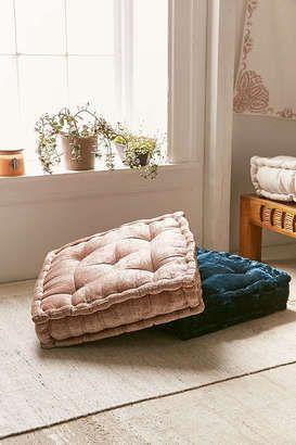 Square floor cushions for casual boho style | Boho Beach Style ...