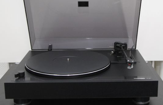 The 8 Best Vintage Turntables And What To Look Out For