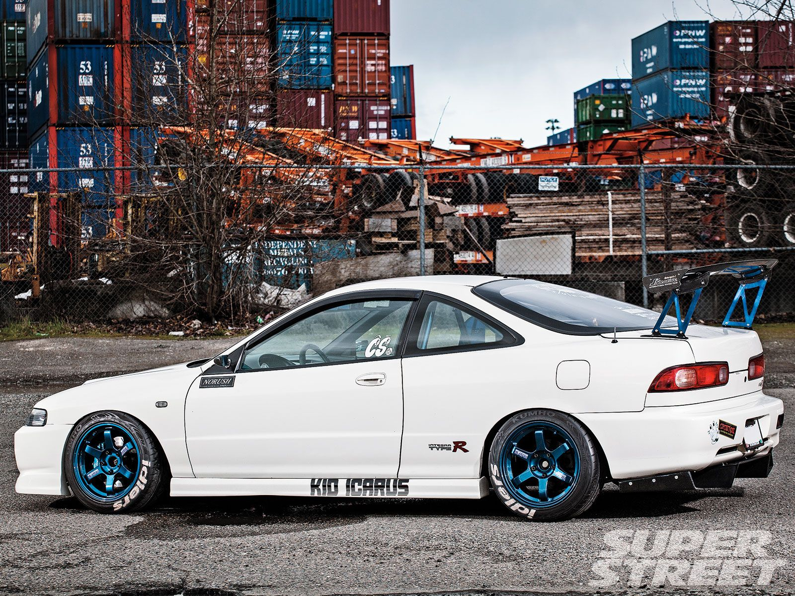 A bit much but still bangin Type R Integra on that race game
