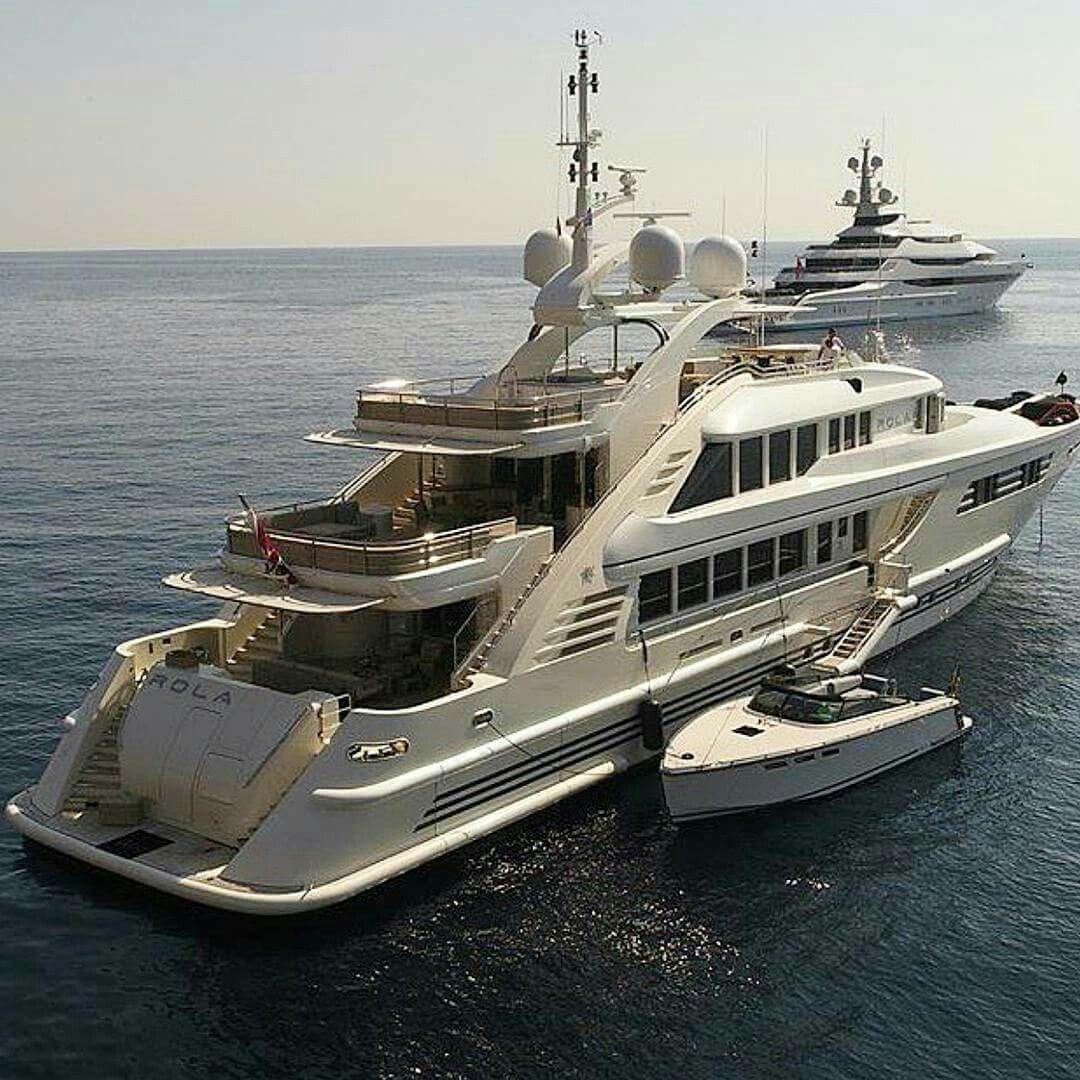 Pin By Iamolivertwist On Luxury Yachts Boats Luxury Yacht Boat