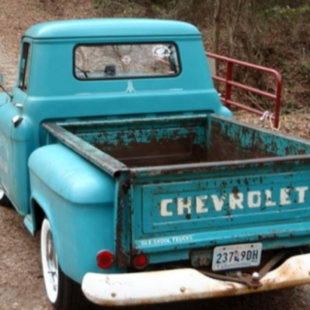 Lovelovelove- reminds me of my granddaddys truck
