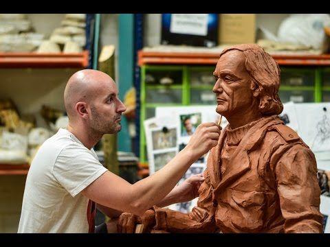 Escultura Felix Rodriguez de la Fuente - Cuarto Milenio - YouTube ...