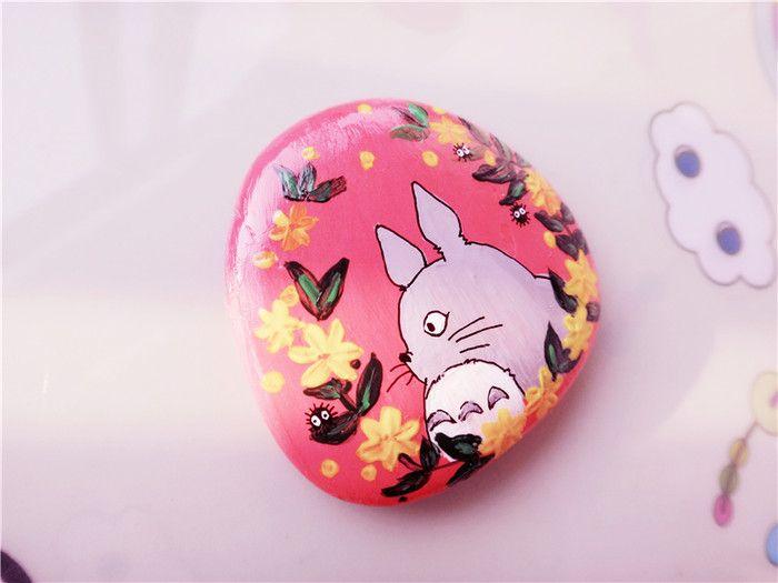 这块石头画的很用心,灵感之作喜欢可询qq:734640727(请备注购买石头)