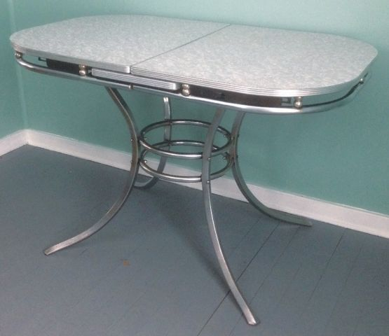 Vintage Atomic 1950s Formica Cracked Ice Oval Kitchen