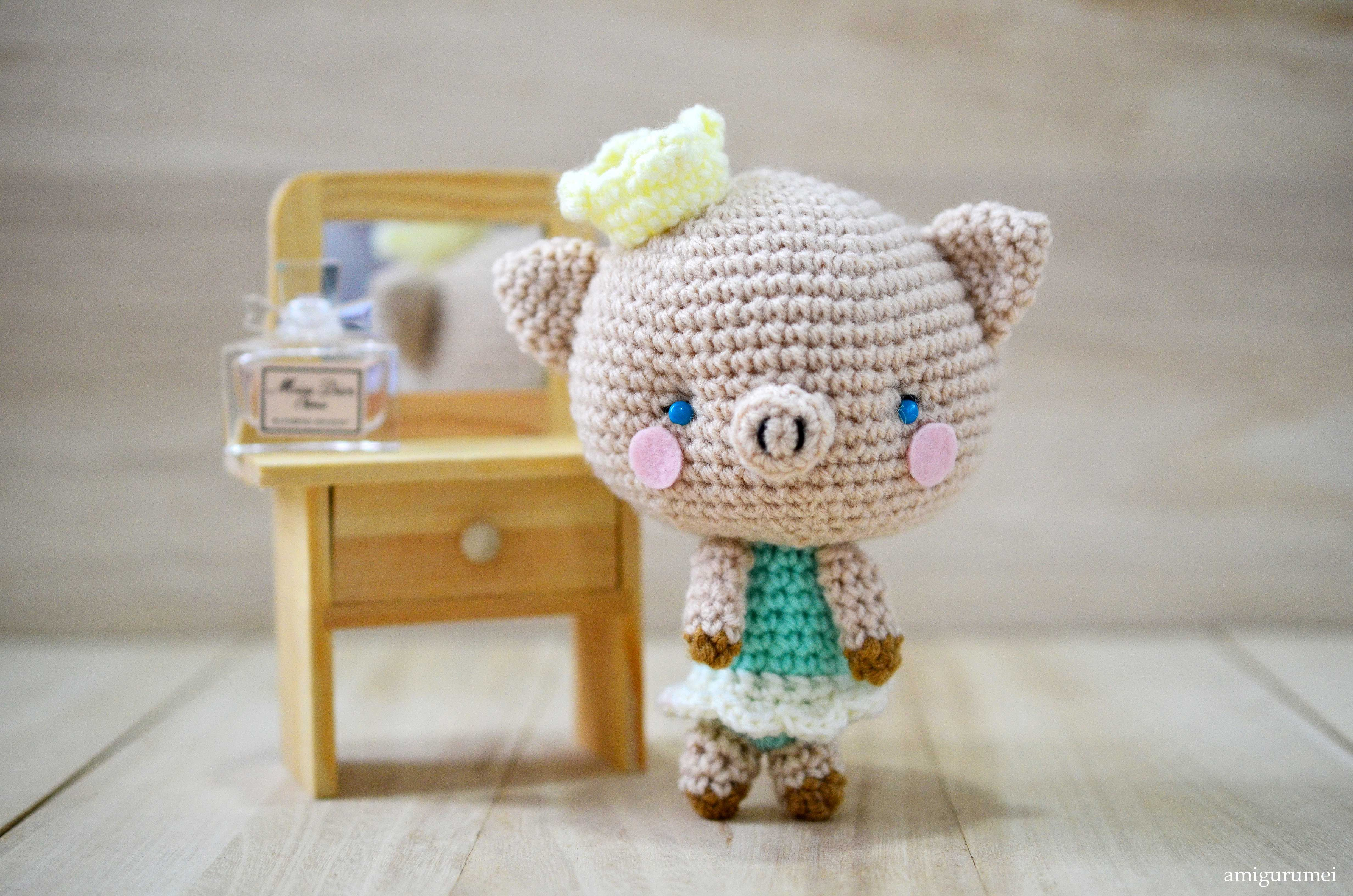 Piglet Amigurumi Free Pattern : Make your own sweet princess p piglet amigurumi! free pattern by