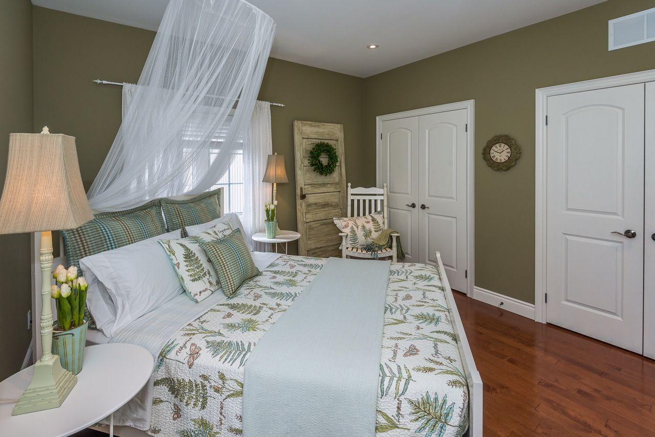 bedroom #bedroomdesign #greenbedroom #gardenbedroom #flowerbedroom