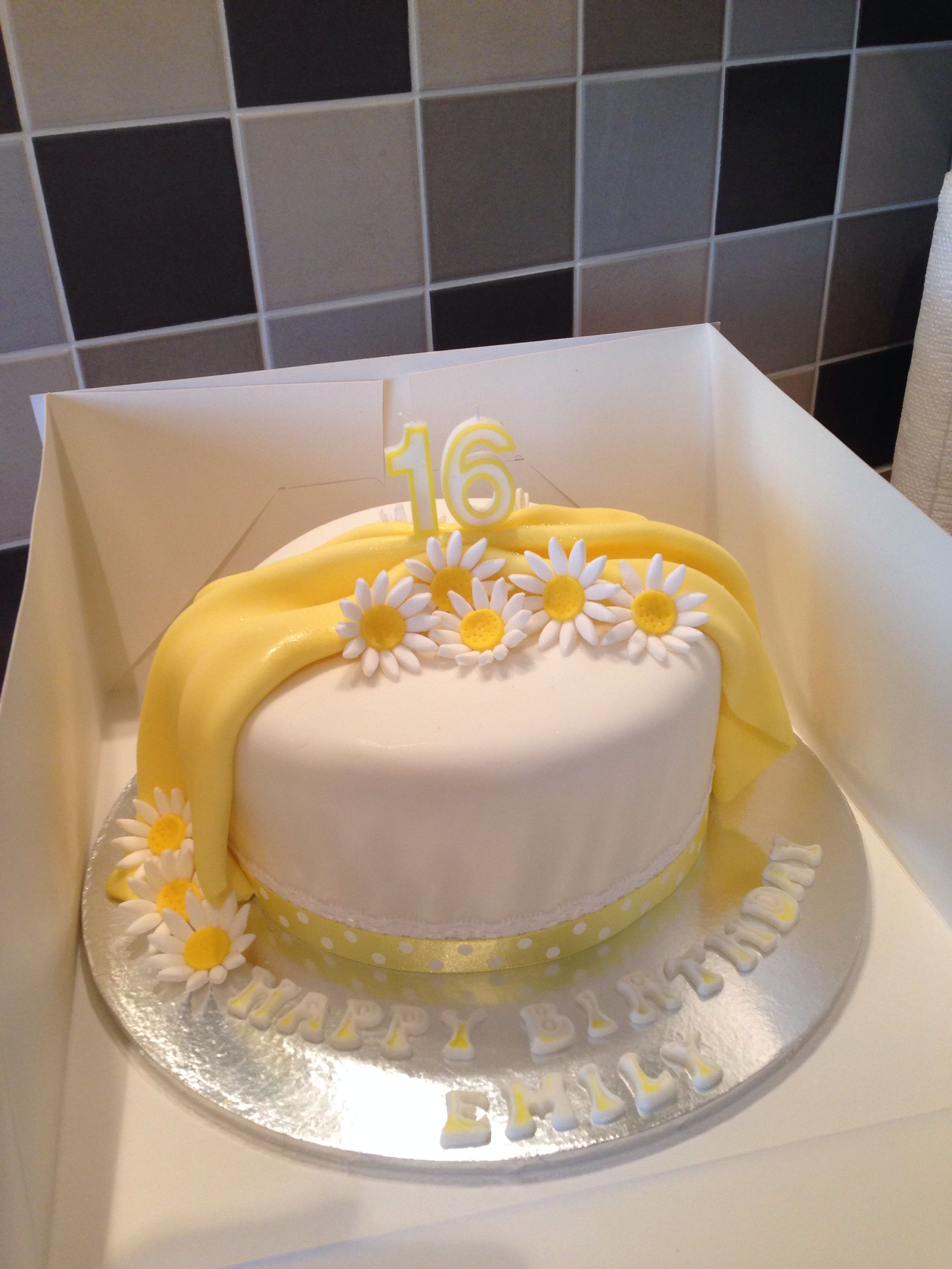 Excellent Daisy Simple Birthday Cake Yellow And White 16Th Birthday With Funny Birthday Cards Online Alyptdamsfinfo