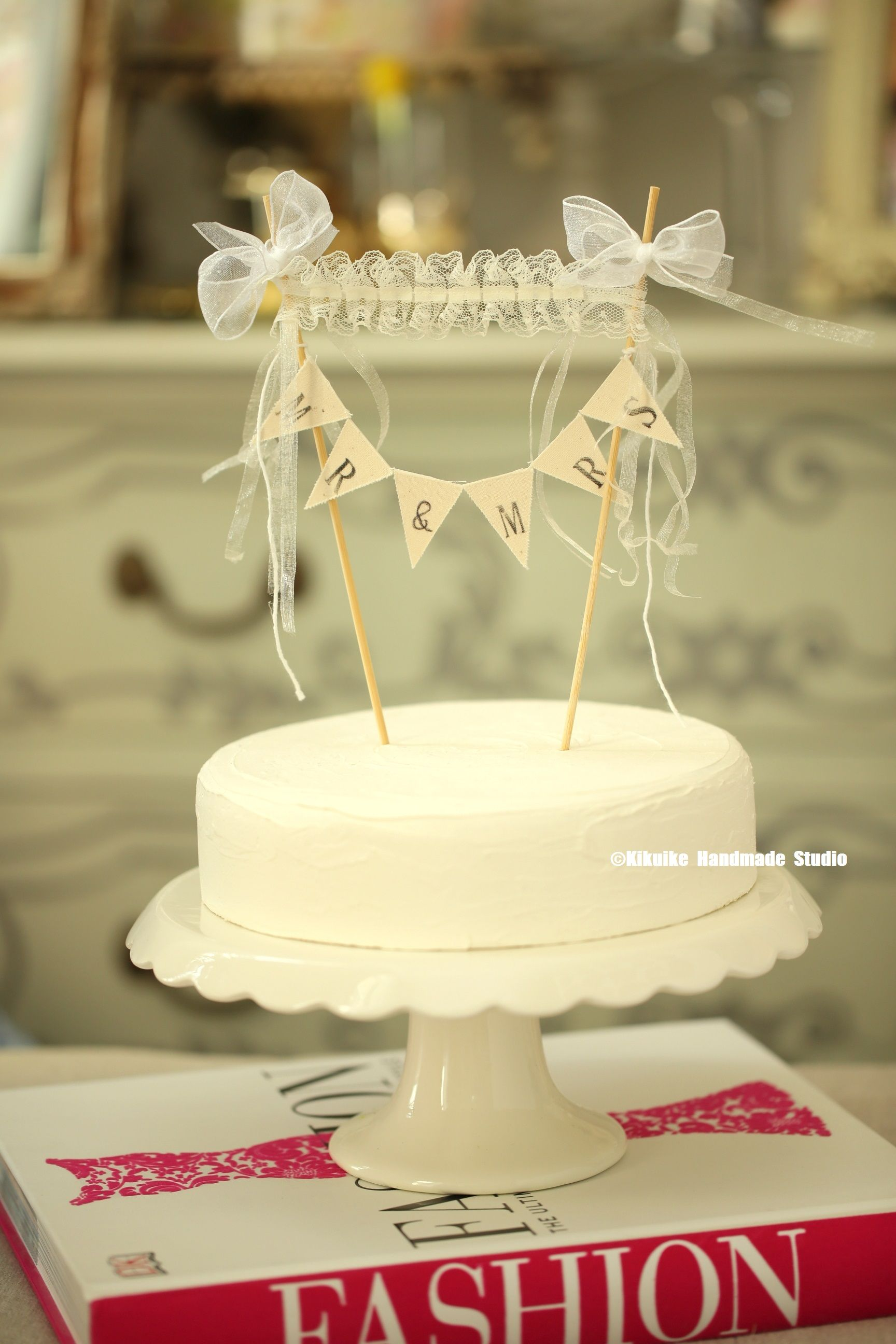 Mr & Mrs Wedding Cake Banner,Lace cake topper,Rustic wedding Cake ...