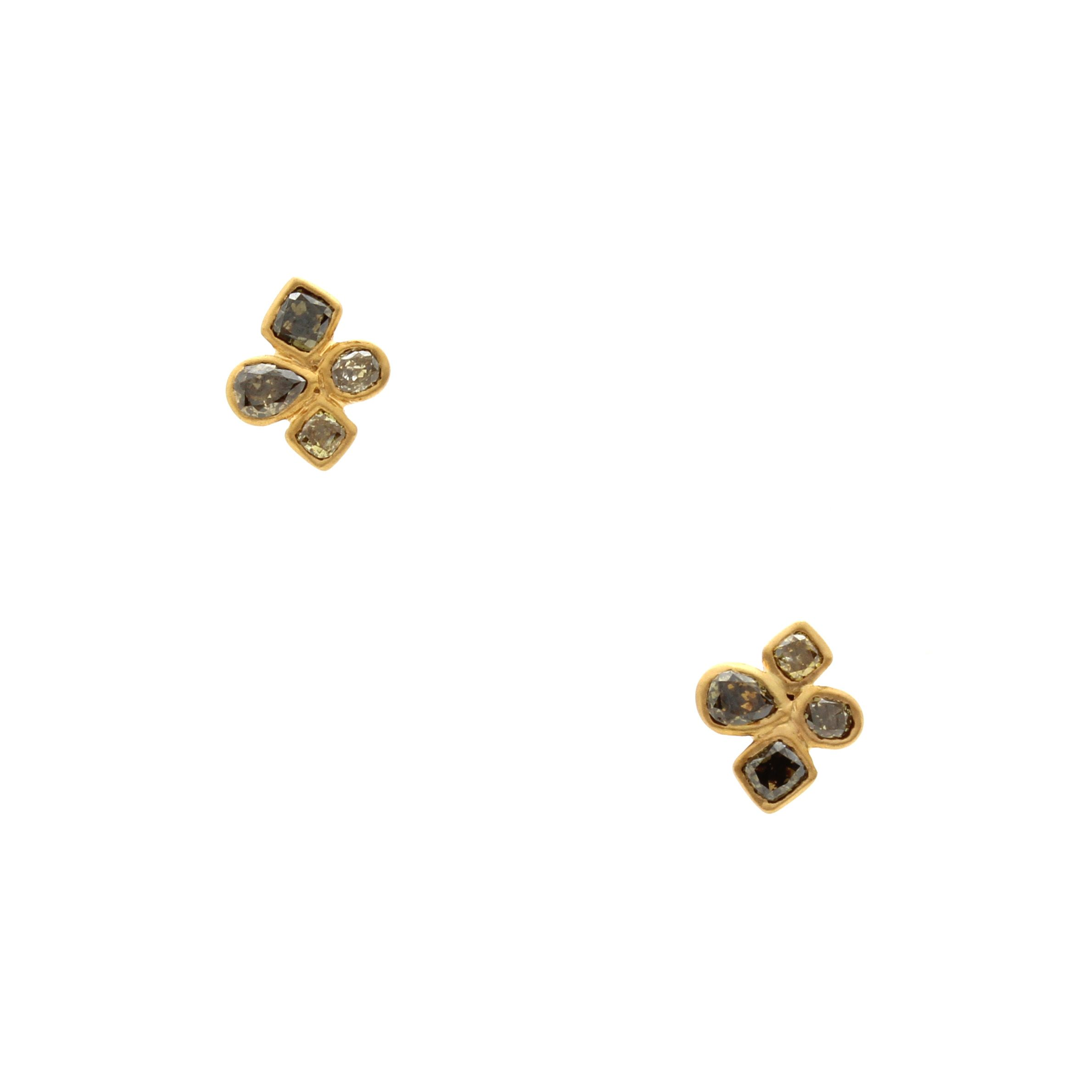 D for Diamond Clover Stud Earrings gQFeFB2