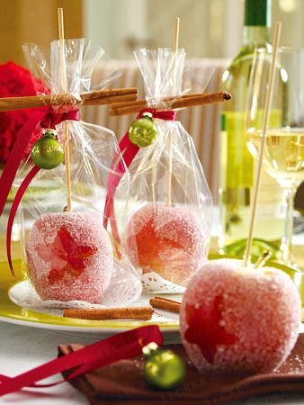 Tischdeko weihnachten basteln  Weihnachtliche Tischdeko - 5 Ideen für die Festtafel | Glanz ...