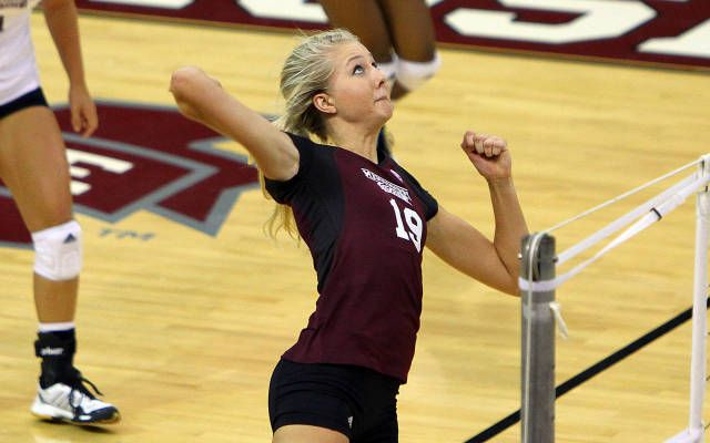 Sarah Nielson Love You Girl Volleyball Mississippi State Mississippi State University