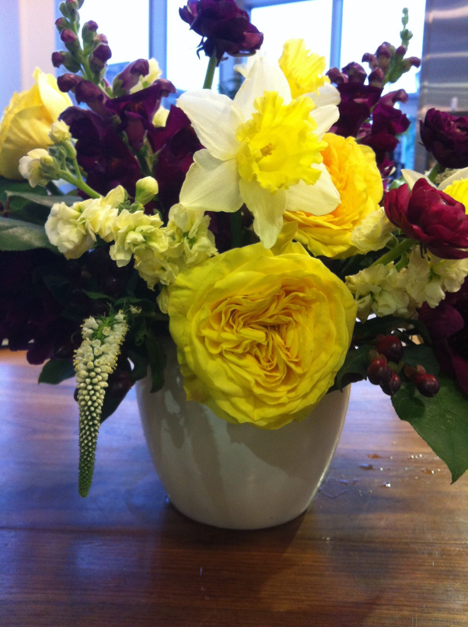 Yellow Roses Mean Friendship And Happiness Give A Friend This