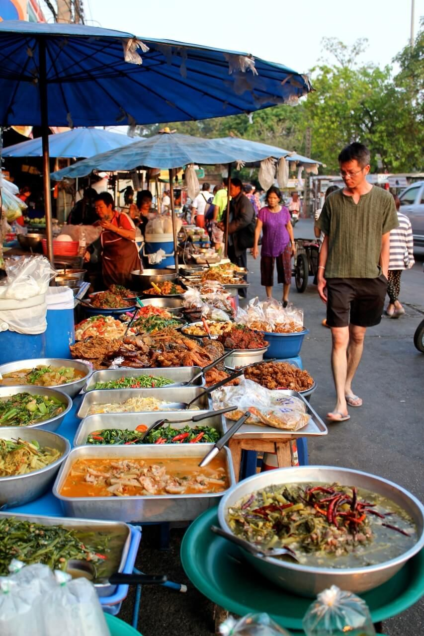 Thailand street food chiang mai | Street food, Food