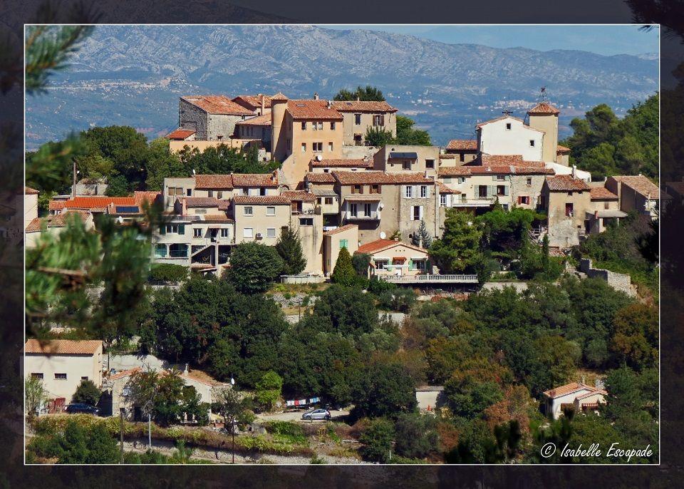 Village de Mimet...  Site - http://mistoulinetmistouline.eklablog.com Page Facebook - https://www.facebook.com/pages/Mistoulin-et-Mistouline-en-Provence/384825751531072?ref=hl
