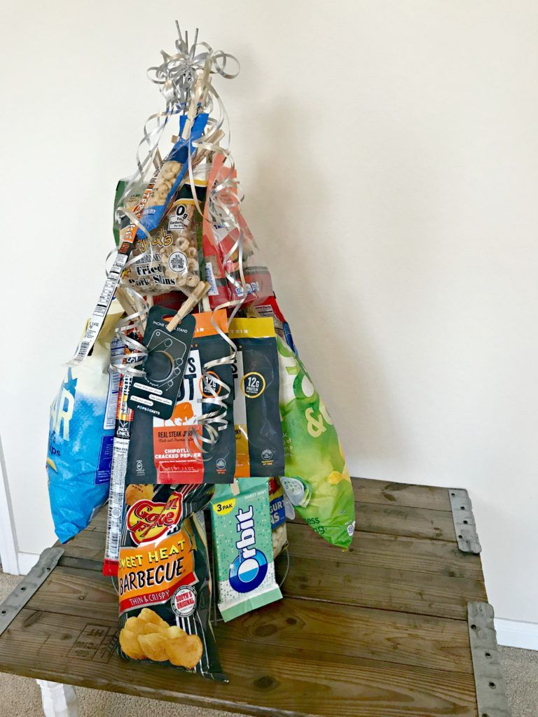 Father's Day Table & Snack Tree Gift Idea! | Tree gift, Christmas gifts for coworkers, Coworkers ...
