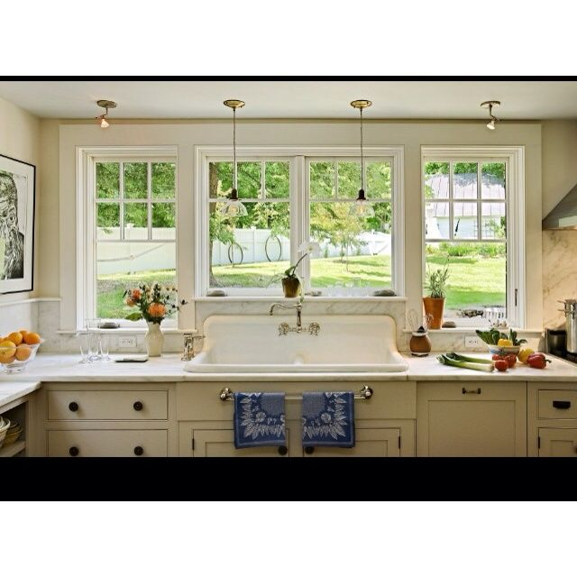 Large Kitchen Window: Kitchens With Bay Windows Above The Sink