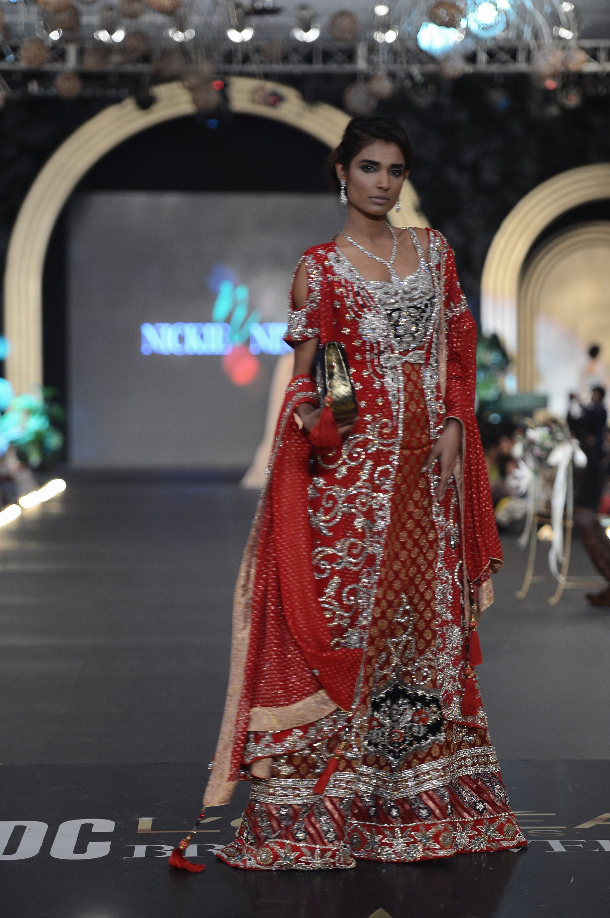 Nickienina Dresses Dress Partydresses Http Www Fashioncentral Pk Pakistani Designers 22 Nickie Nina Fashion Bridal Fashion Week Asian Fashion