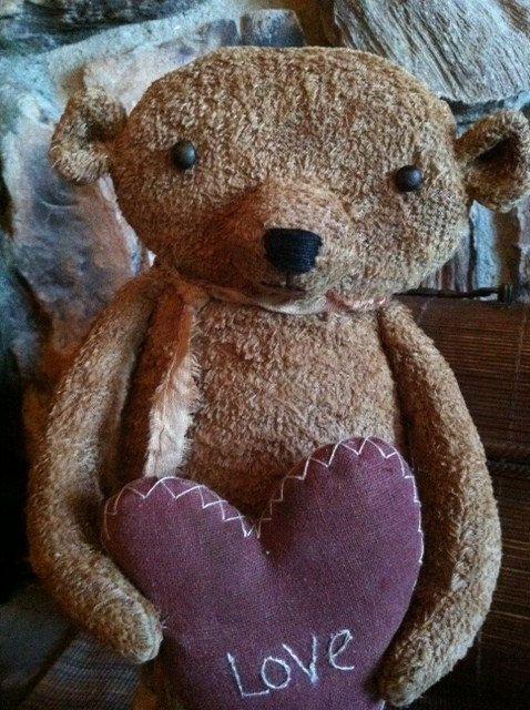 primitive valentine love heart teddy bear