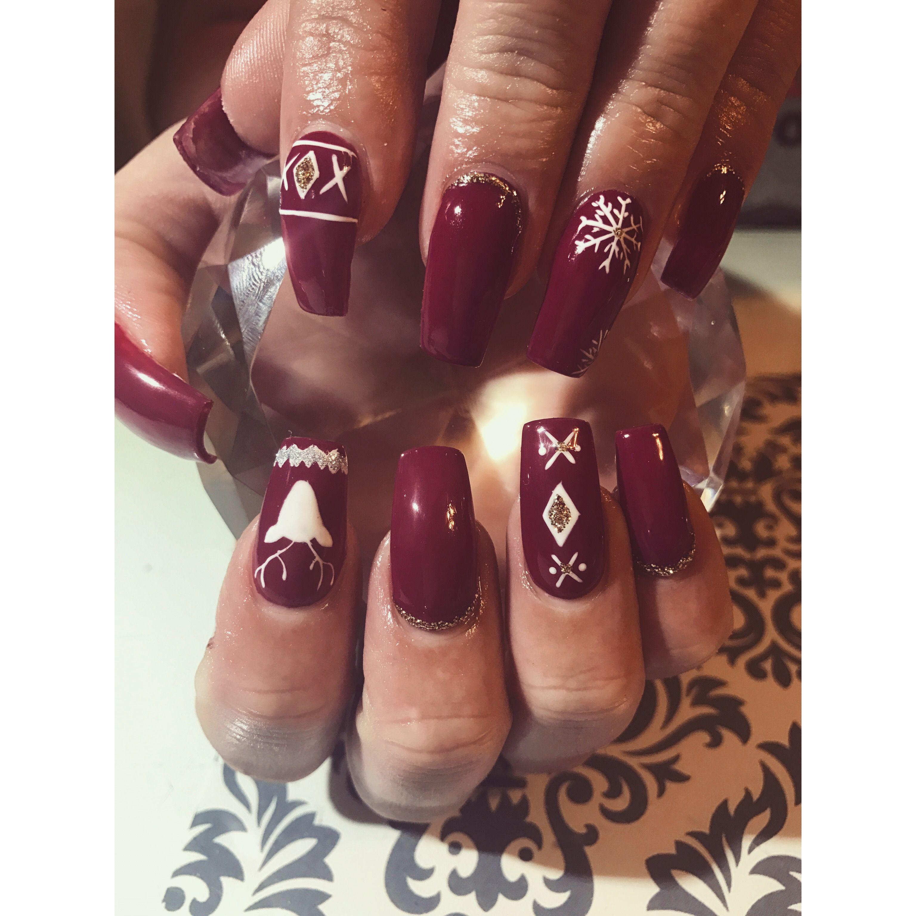Cute holiday nails Acrylics Nail designs Burgundy nails with design ...