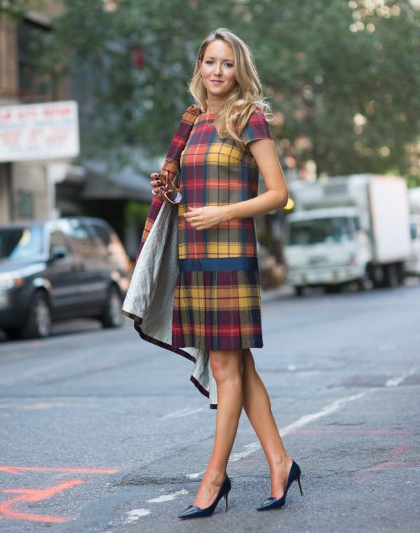 plaid outfit with classic pumps