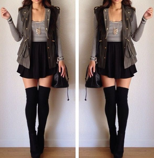 Fall style outfit. Skater skirt