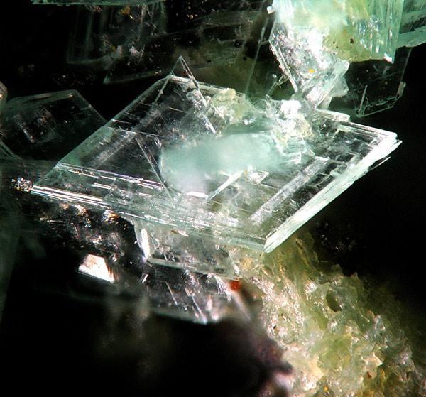 Annabergite La Gallega Mine Ojen Malaga Spain Micro Photo By Christian Rewitzer Minerals Crystals Rocks Crystals Minerals Mineral Stone