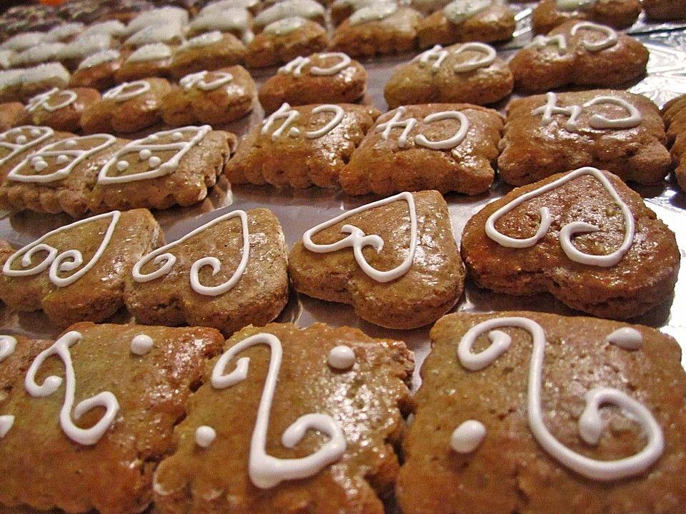 Weihnachtsplätzchen Teig Zum Ausstechen.Lebkuchen Zum Ausstechen In 2019 Cookies Gingerbread Cookies