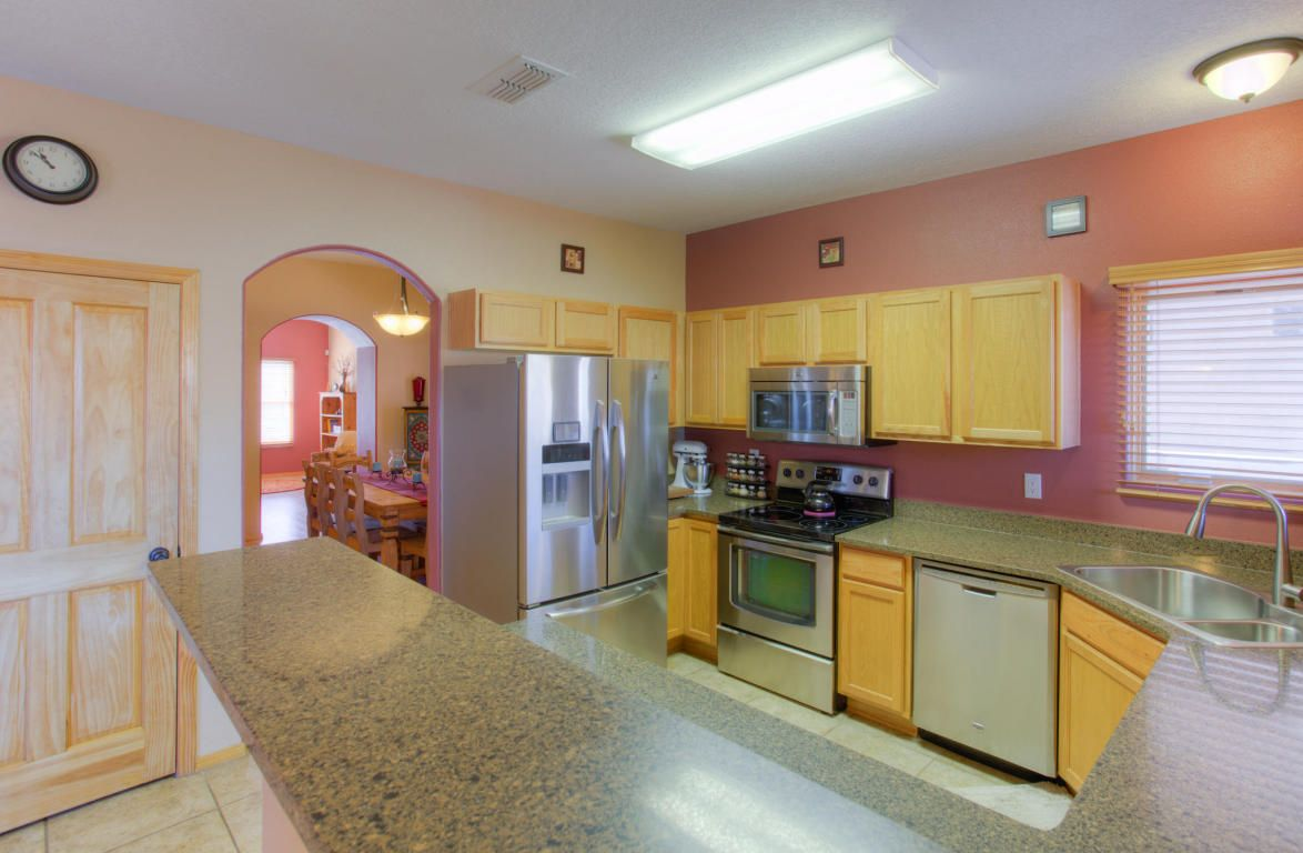 6247 Zaltana Road Nw Albuquerque Nm 87120 Kitchen With Images Wood Windows Kitchen Wood Doors