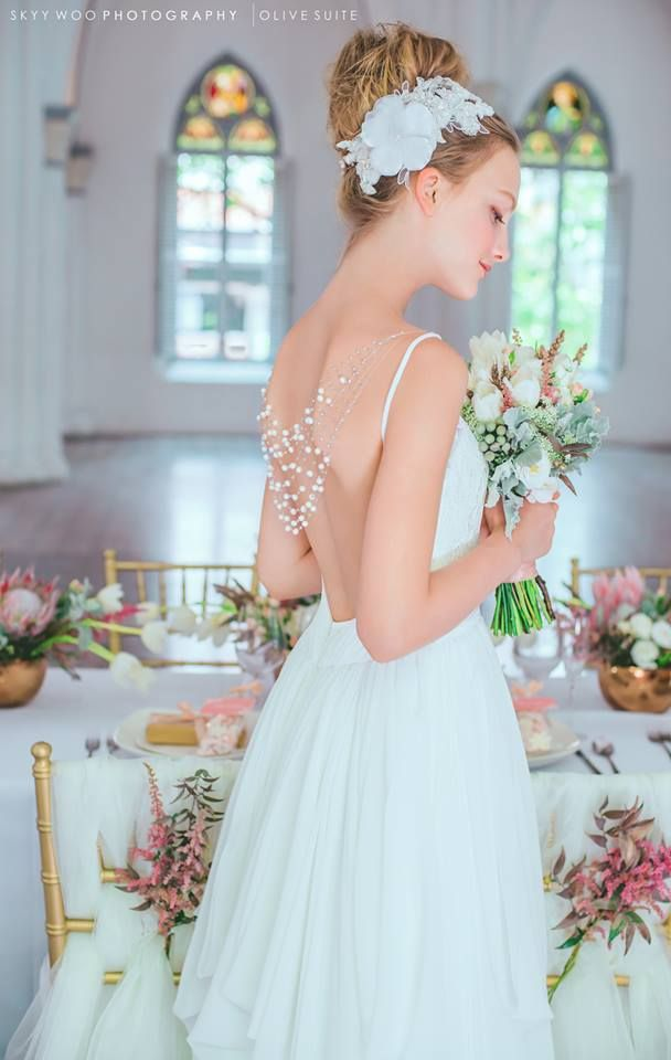 Beads Hanging At The Back Wedding Dresses Flower Girl Dresses Bridal Gowns