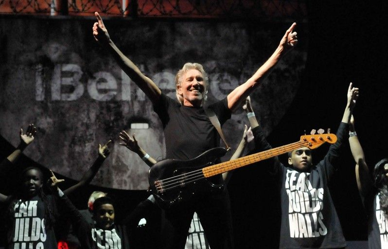 How roger waters rebuilt the wall roger waters pink