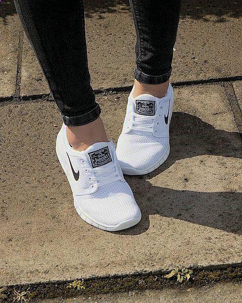 Explorez Chaussures Nike et plus encore !