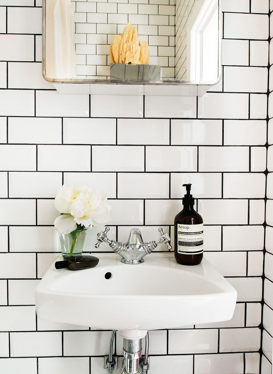 Pin By Deanna Mootz On Bathrooms White Subway Tile Bathroom White Tiles Black Grout Black Bathroom
