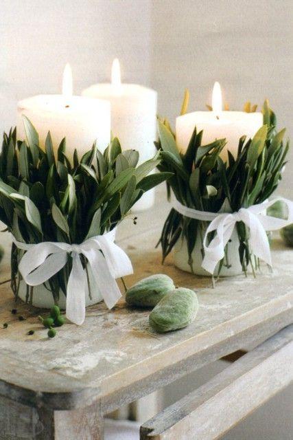 Decorazioni Natalizie Con Foglie Di Magnolia.Candele Centrotavola Originale Fai Da Te Candele Decorate