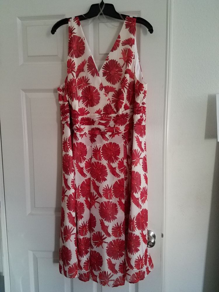 75e31ca4416 NWT Avenue White   Red Floral Plus Size 22W Dress (New!!)  fashion  clothing   shoes  accessories  womensclothing  dresses (ebay link)