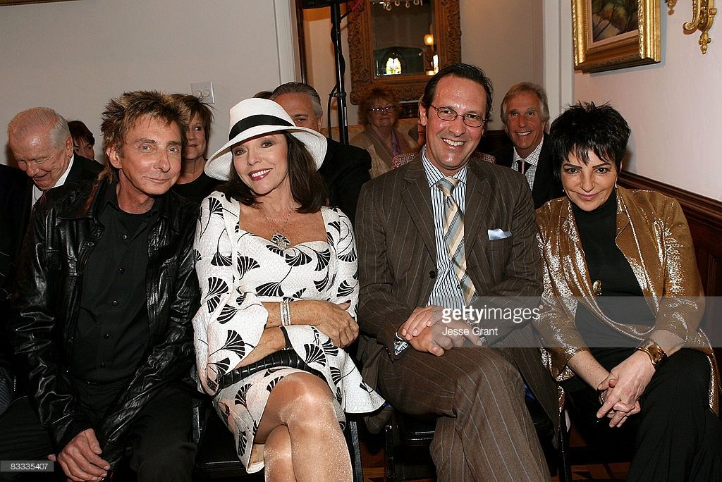 Barry Manilow, Joan Collins, Percy Gibson and Liza Minnelli attend ...