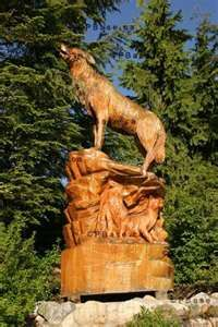 wolf tree carving