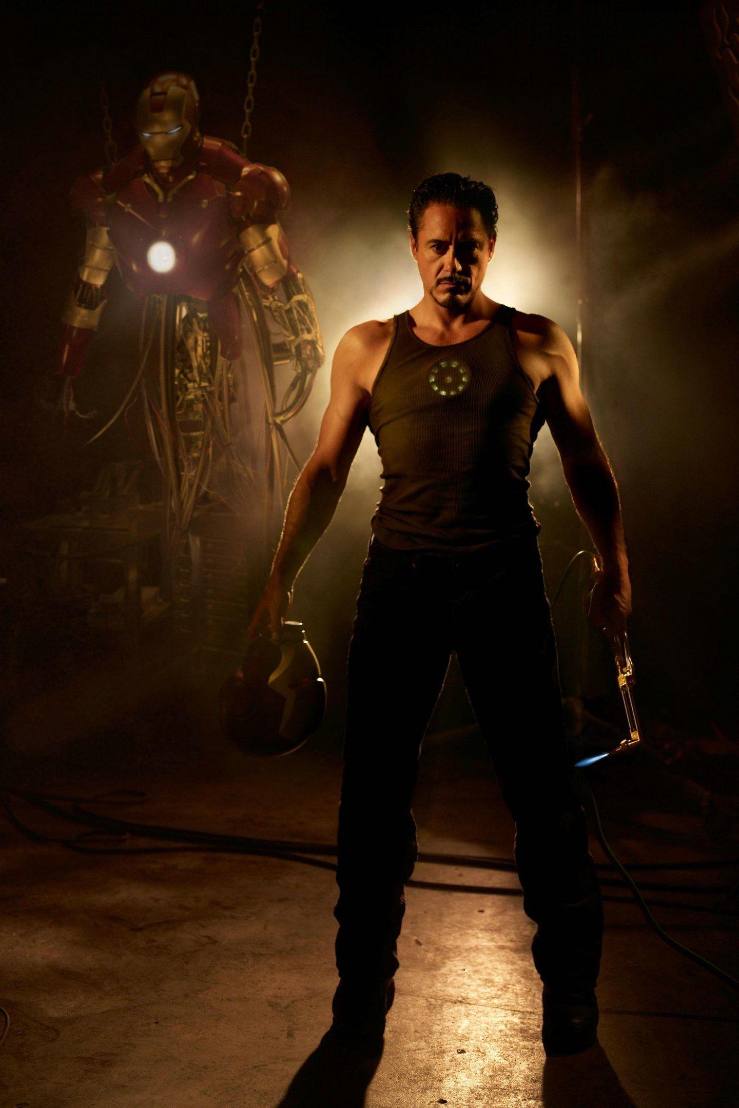 Постеры, обои и промо фильма «Железный человек» (2008 ...