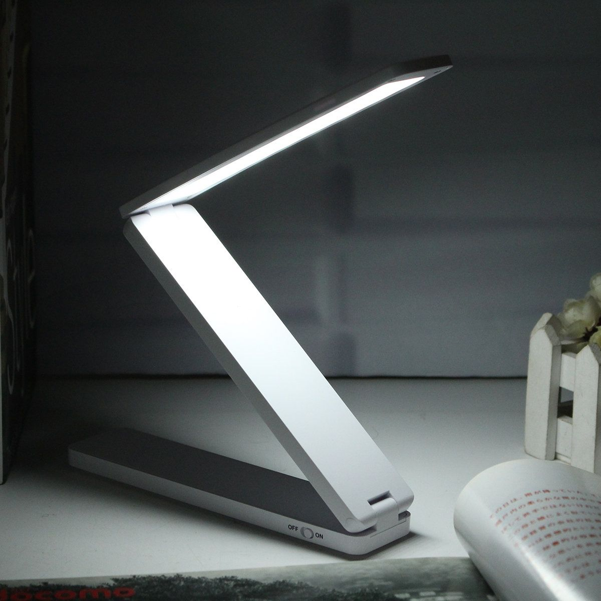 Portable Rechargeable Adjustable Foldable 16 LED Night Light Desktop Bedside  Reading Lamp