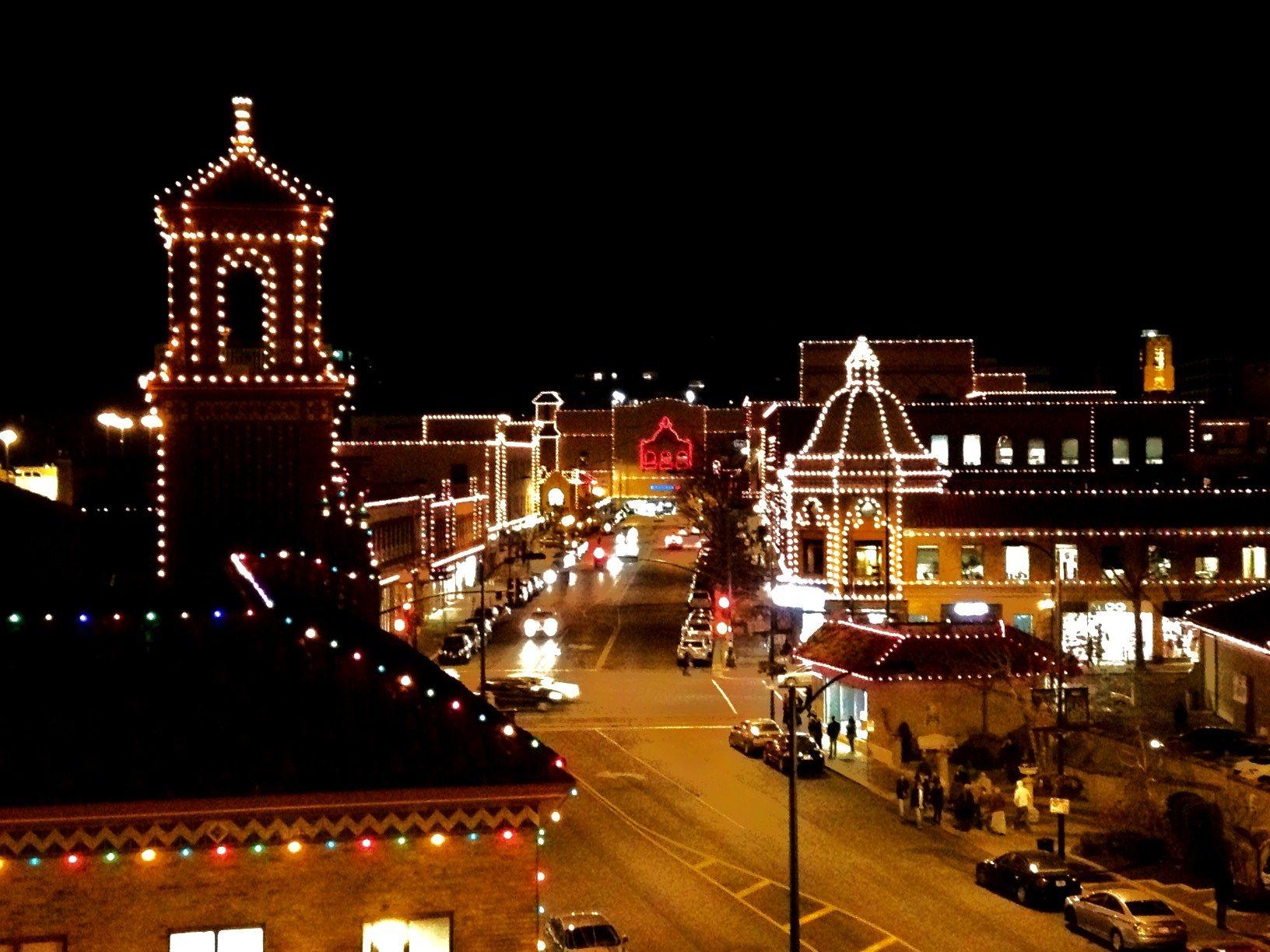 Kansas City\'s Country Club Plaza Christmas Lights.   Plaza Lights ...