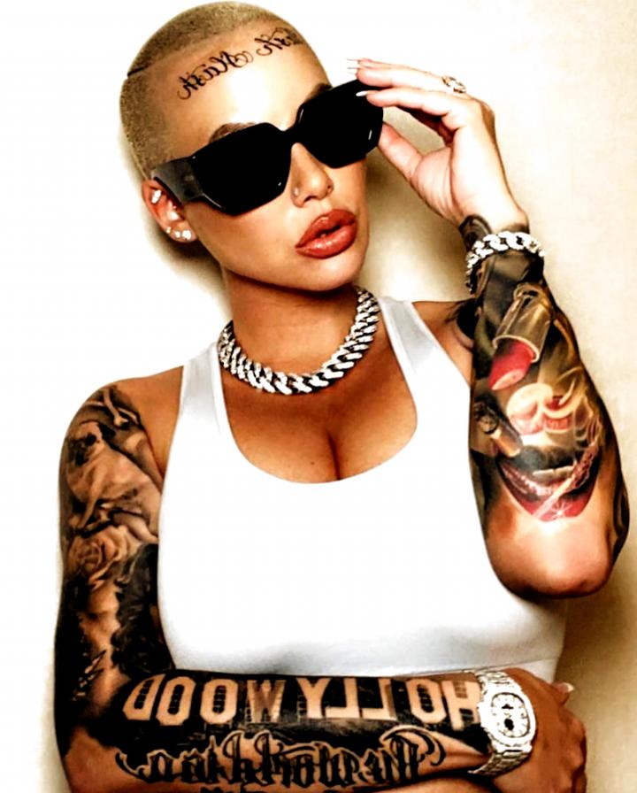 Pin On Lip Tattoos